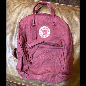 Fjallraven Kanken back pack